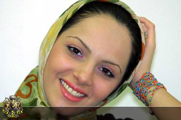 12091453892621 بازیگران زن ایرانی پشت دوربین با حجابی متفاوت