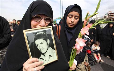 مادر شهید مفقود الاثر
