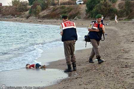 عکس کودک 3 ساله سوری جهان را تکان داد (+تصاویر)