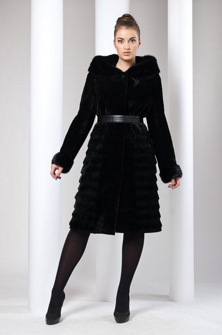 پالتو کلاه دار زنانه, مدل پالتو کلاهدار