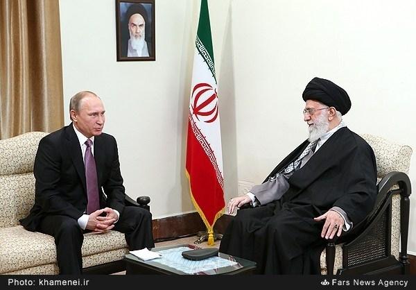 نحوه نشستن پوتین در مقابل رهبر معظم انقلاب