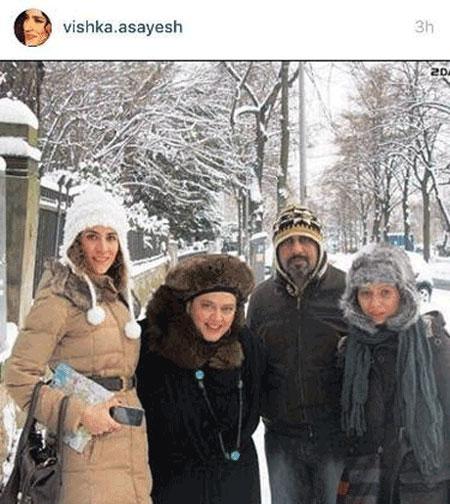 ویشکا آسایش در کنار رضا عطاران و همسرش در آلمان +عکس