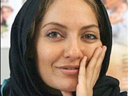 تکذیبیه مهناز افشار از خبر حملهی اراذل و اوباش