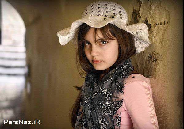 عکس های دختری که دارای رکورد زیباترین دختر جهان است