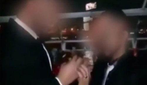 ازدواج جنجالی همجنس گرایان در عربستان +عکس