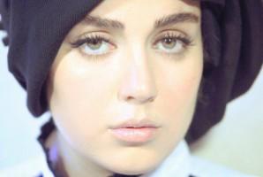 ناراحتی بازیگر زن جوان ایران از تاریخ تولد جعلی اش!
