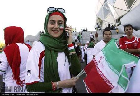 حواشی بازی ایران و بحرین (عکس)
