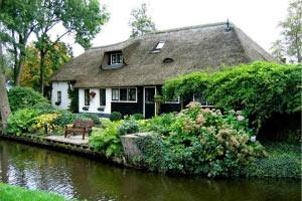 دهکده جالب بدون حتی یک خیابان در هلند!! تصویری