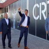 «کریستیانو رونالدو» هتل خود را افتتاح کرد