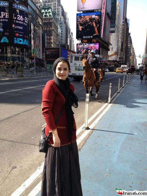 خانم بازیگر در خیابانهای انگلیس +عکس
