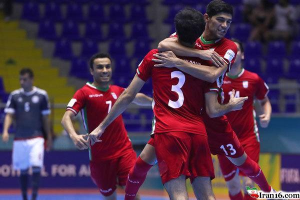 صعود فوتسال ایران به جمع چهار تیم برتر