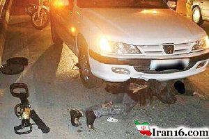 نجات زنی که زیر خودرو کشیده شد