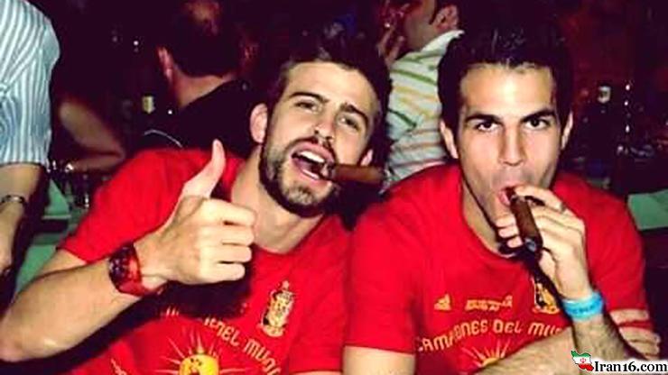 تصاویر دیده نشده از فوتبالیست های مشهور هنگام استعمال سیگار و موادمخدر + فیلم و عکس