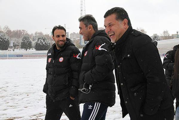 برف بازی عابدزاده و دایی + عکس