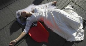 قتل عروس