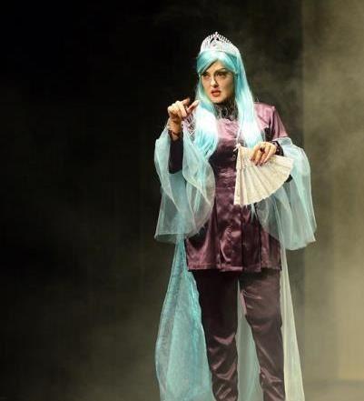 گریم بی حجاب بازیگران زن ایرانی در یک تئاتر جنجالی+تصاویر