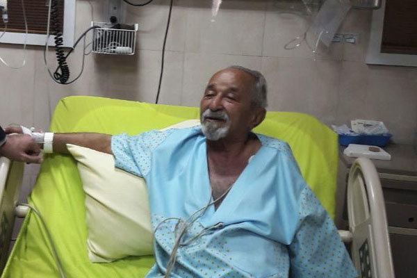 بازیگر باسابقه ایرانی در بیمارستان بستری شد +عکس