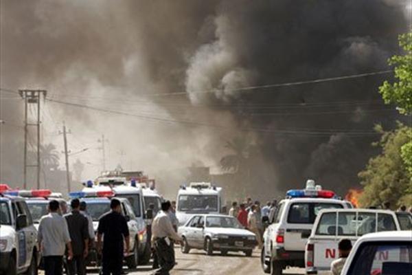 60 زائر ایرانی در انفجار حله کربلا شهید شدند+ عکس