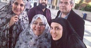 رابعه اسکویی و لیلا بلوکات با چادر در کنار خواننده مشهور+عکس