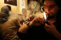 بررسی پدیده کافه نشینی در میان جوان ها