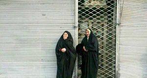 مادران چشم انتظار در اطراف ساختمان پلاسکو +عکس