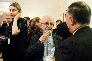 راز حضور زنان بی حجاب در مراسمی در ایران /عکس