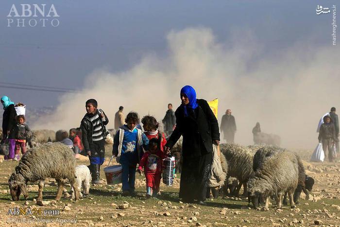 عکس/ فرار مردم موصل از دست داعش