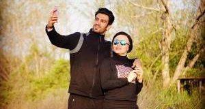 همسر حسین ماهینی ورزشگاه امارات +تصاویر