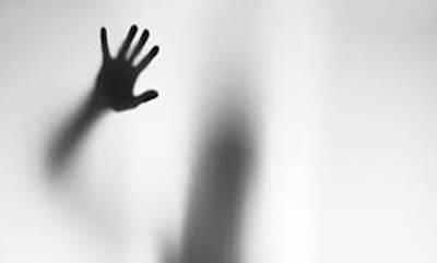 تجاوز مرد آمریکایی به زن ایرانی که دو دختر داشت
