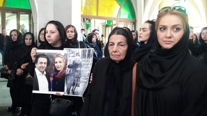 مراسم خاکسپاری همسر افشین یداللهی +تصاویر