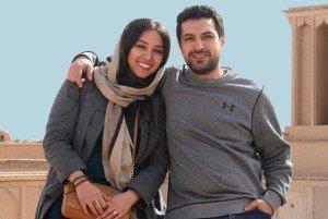 ماشین سواری اشکان خطیبی و همسرش به همراه حیوانات خانگی شان