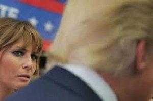 عکسی از همسر ترامپ که جنجال به پا کرد