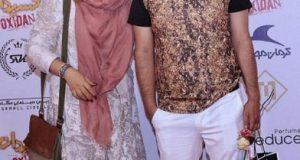 جواد عزتی و همسرش در اکران خصوصی یک فیلم/عکس