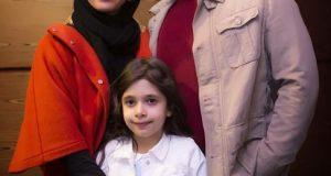پژمان بازغی به همراه همسر و دخترش در اکران خصوصی هلن | عکس