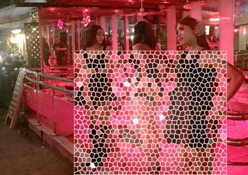 دختران برهنه کنار خیابان برای رابطه جنسی +عکس