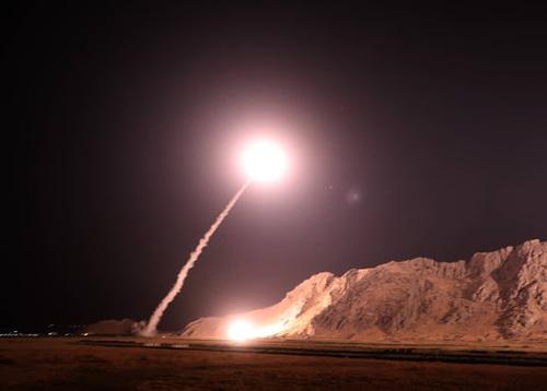 حمله موشکی سپاه علیه داعش به انتقام حادثه تروریستی اهواز