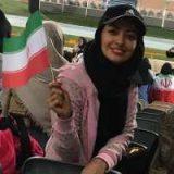 خانم بازیگر لیدر تماشاگران زن در بازی ایران در ورزشگاه آزادی شد! عکس