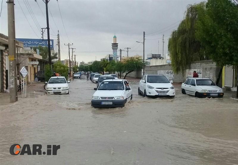 اموزش رانندگی در باران