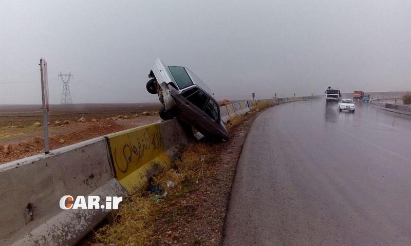 آموزش رانندگی باران