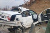 به گزارش رکنا، برخورد شدید سمند با تیر برق پیاده رو در خیابان سی متری نالشکینه بوکان در ابتدای صبح باعث زخمی شدن راننده آن خودرو شد.