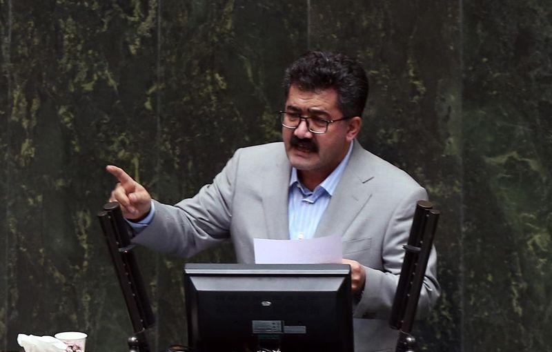سکوت مجلس به آتش سوزی مدرسه زاهدان با نماینده سراوان در مجلس مافیایی