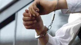 دستگیری مادر و دختر بدکاره در لانه فساد زنم را سنگسار کنید !