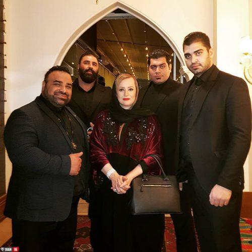 بانوی هنرپیشه ایرانی به همراه ۴ بادیگاردش! + عکس