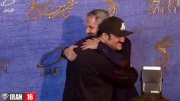 مهران غفوریان در آغوش جواد رضویان روی فرش