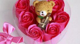 پکیج کادویی خرس و گل عطری (1)