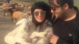عید «مهدی سلوکی» و همسرش در کنار بز و گوسفندها عکس