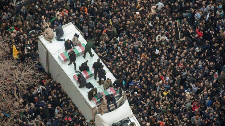 تعدادی از تشییع کنندگان بر اثر ازدحام در کرمان جان باختند