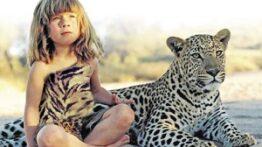 بازی خطرناک کودک با حیوانات وحشی