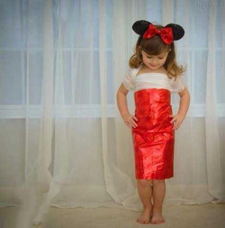 ناز و کوچولوترین دختر طراح و مانکن دنیا ! (تصاویر)