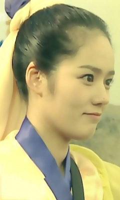 Korean beautiful actress Han Ga In Wallpapers 240x400 (08)